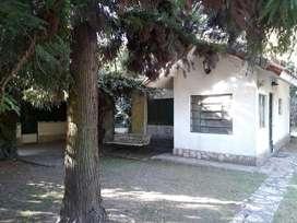 La Reja a 200 m ruta 5 ideal 2 flias Chalet + Casa s/lote 760 m2