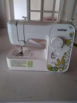 Nueva Maquina de coser brother SM1704