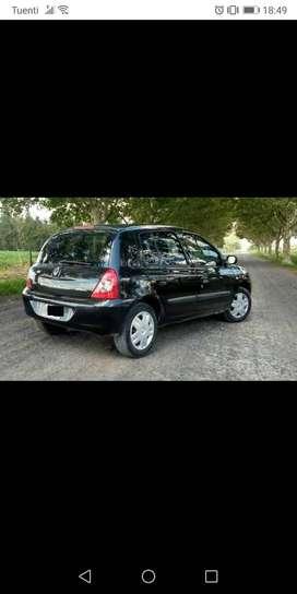 Renault Clío 1.2 modelo 2009 . Súper económico . Levanta cristal eléctrico, aire acondicionado , cierre centralizado