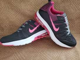 Zapatos deportivos suela de goma de mujer colombianos