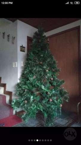 Hermoso árbol navideño