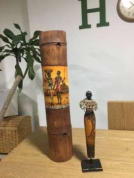 adornos para decoración (vela en bambú y africana)