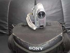 Vendo Camara de video Sony Recorrer HI 8