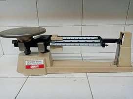 Vendo balanza mecánica de precisión Ohaus 700 series 800 series Triple Beam Balance Scale