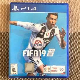 FIFA 19 español latino PS4 como nuevo