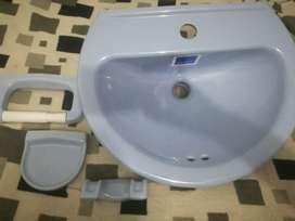 Lava manos corona y accesorios de baño