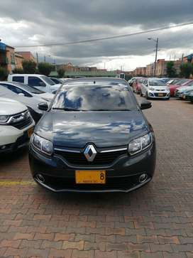 Renault Nuevo logan, Modelo 2018 sedan edición tripadvisor full equipo motor 1.600 8V, Radio Pantalla Multimedia