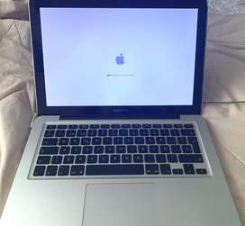 "Macbook Pro 13.3"" mid 2009. 500gb 8ram"