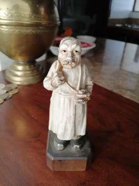 Antiguo muñeco francés medico