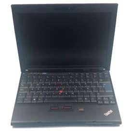 Portátil Lenovo X200 Core2Duo 120GB 4GB Win 10Pro