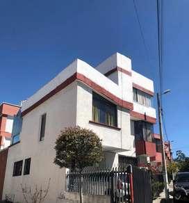 Casa de alquiler Quito norte en conjunto