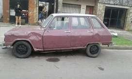 Renault 6 Entero en Marcha
