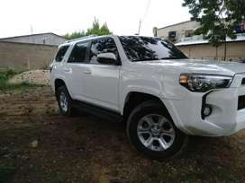 2018 Toyota 4Runner SR5 ! Impecable!