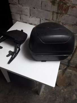 Se vende parrilla y maletero para moto cbf 150