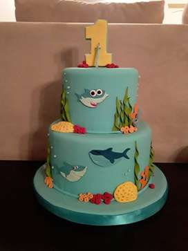 Torta Baby Shark (maqueta)
