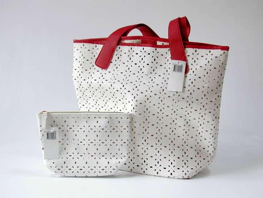 Bolsa Grande Tote Bag Saks Fifth Avenue. Importada U.S. 0