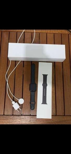 Reloj apple wacht serie 5, poco tiempo de uso
