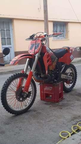 Vendo SUZUKI RMX 250