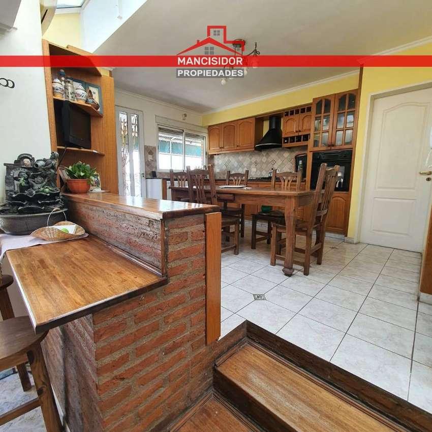 ►MANCISIDOR PROP◄ VILLA ROSAS: CASA + 2 LOCALES 0