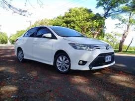 Se vende yaris version S full extras se recibe carro 4x4 diesel familiar se da diferencia