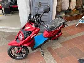 Moto electrica muy poco uso