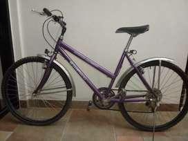 Vendo bicicleta Rod 26. Poco uso 3 velocidades.