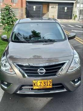 Nissan Versa 1.6 MT