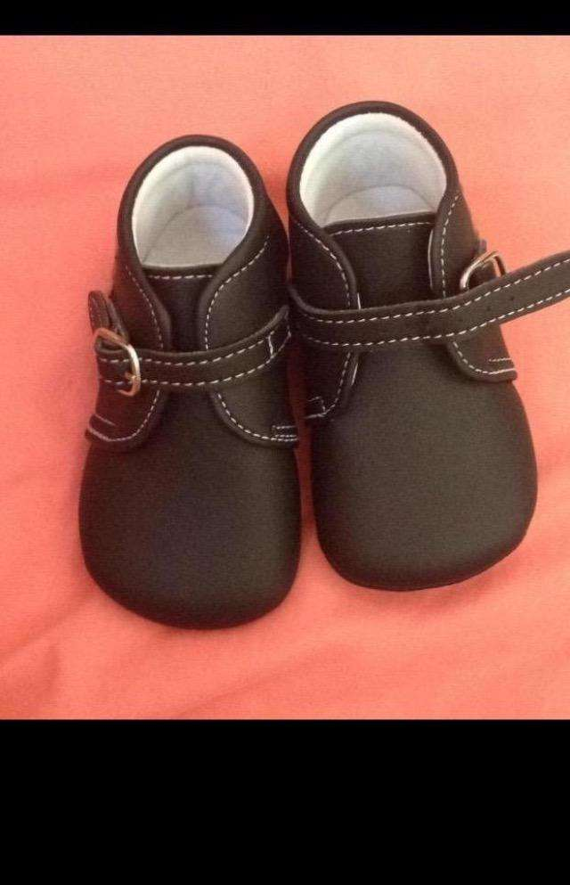 Zapatos Unisex Talla 19 0