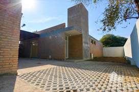 Villa Rivera Indarte, a estrenar!! Oportunidad de inversión