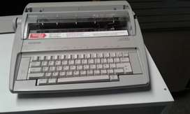 Máquina De Escribir Eléctrica Brother GX 6750
