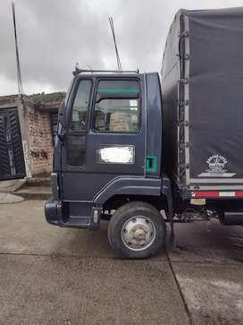 Vendo este camion por camioneta o automóvil Acer que ofrecen
