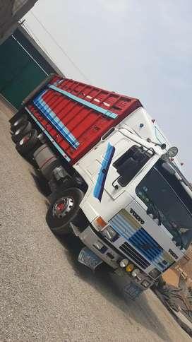 Vendo camion fl 10 volvo 14 ruedas