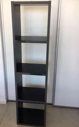 Biblioteca de Melanina negra 4 estantes