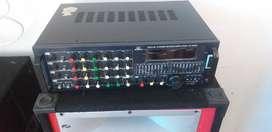 Vendo 2 bafles y plata de sonido de 4 transistores original