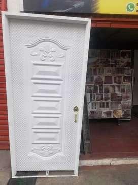 Puertas metal y madera