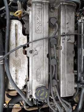 Auto Ford en perfecto estado de conservación
