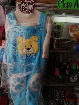 Se vende ropa de bebé