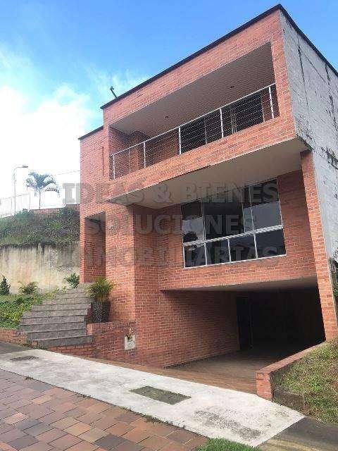 Casa en Venta Sabaneta Sector Aves Maria: Código 580319 0