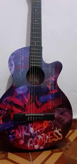 Guitarra Dr Fox original, estado 10/10 único dueño, sin rayones