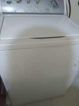 lavadora whirlpool en venta excelente estado