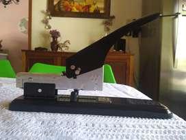 Abrochadora Kangaro HD-23 S13 segunda mano  San Francisco Solano, Buenos Aires