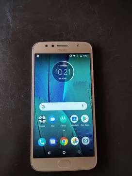 Motorola G5s Plus, excelente estado + caja