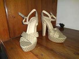 Tacones - Zapatos Marca Nappa Talla 35