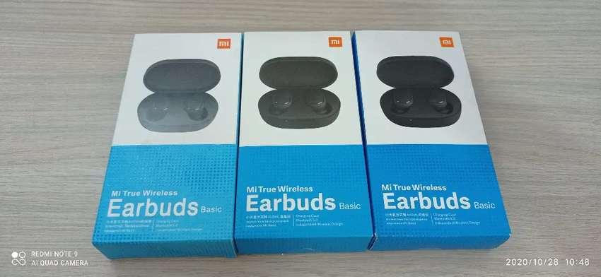 Auriculares Xiaomi Redmi Earbuds Basic 0