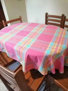Mesa de comedor de cocina