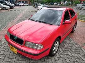 Skoda Octavia mecanico modelo 1999, 1.8 cc, unica dueña, perfecto!