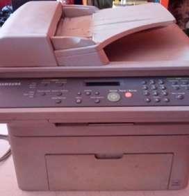 Impresora láser con scanner Samsung  ref SCX-4521F