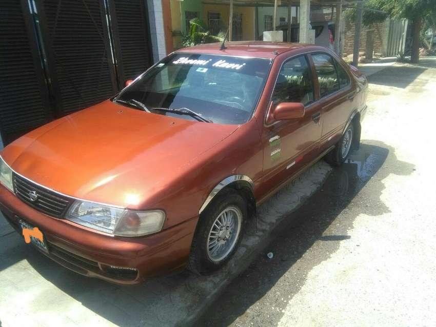 Auto Nissan Petrolero  en Piura 0