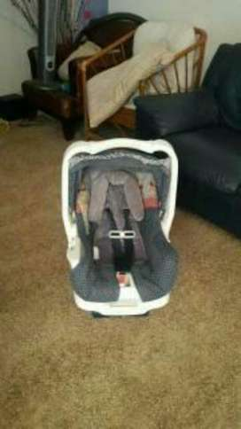 Silla Graco con Base para Carro