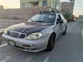Vendo auto Daewoo  leganza año 2002